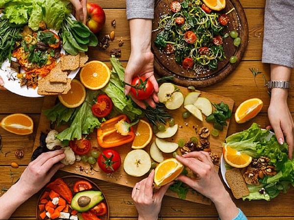 Chế độ ăn cũng đóng vai trò rất quan trọng với người tim mạch