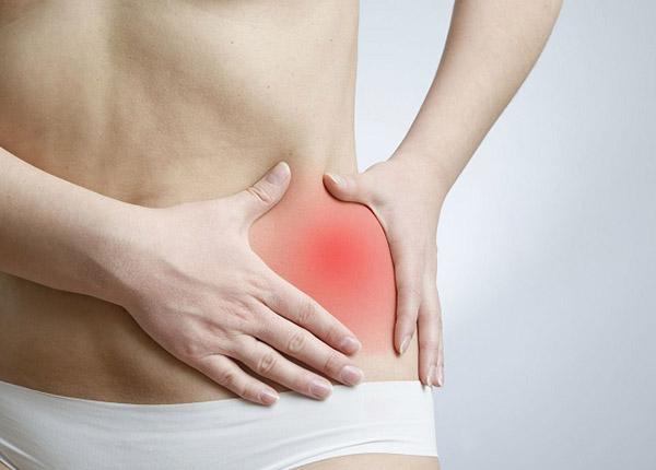 Đau vùng chậu là một trong những dấu hiệu cảnh báo ung thư cổ tử cung