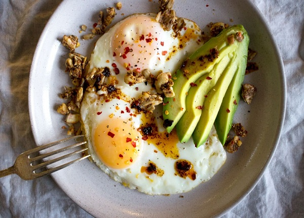 Bạn nên bổ sung protein cho bữa sáng