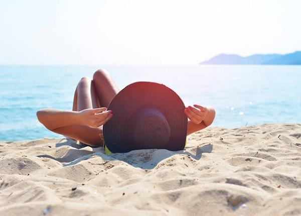 Vài phút tắm nắng buổi sáng giúp hỗ trợ công cuộc giảm cân
