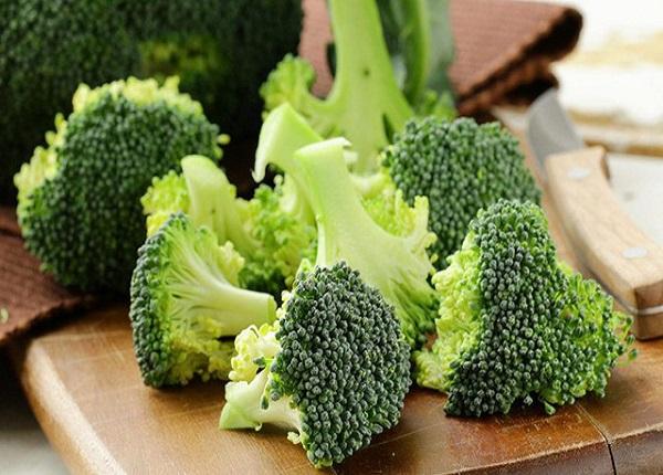 Bông cải xanh là một trong những loại rau củ giàu protein