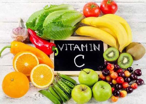 Bổ sung đủ Vitamin C mỗi ngày sẽ giúp điều trị đau họng nhanh chóng