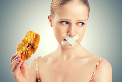Bệnh nhân ung thư cổ tử cung không nên ăn những thực phẩm nào?