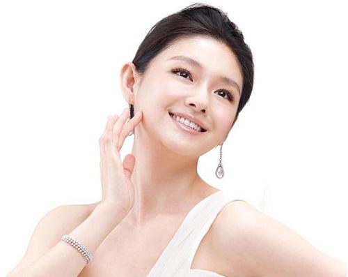 Căng da mặt nội soi ngày càng được phái đẹp ưa chuộng
