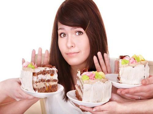 Người mắc bệnh đi tiểu không tự chủ nên tránh xa đồ ngọt