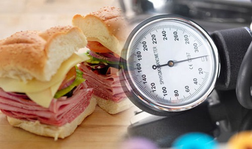 Mắc bệnh cao huyết áp không nên ăn gì?