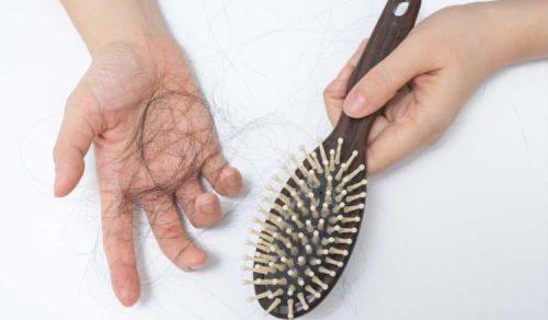 nguy cơ thiếu máu với tình trạng rụng tóc