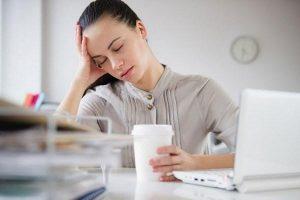 Những thực phẩm làm bạn mất tập trung và mệt mỏi