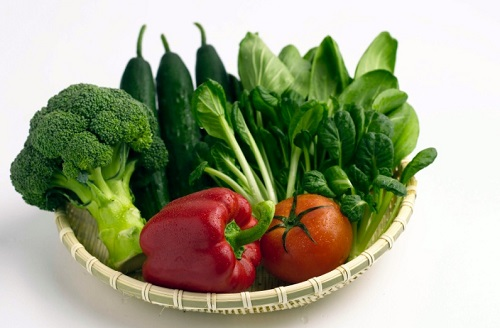 Trong rau xanh chứa nhiều chất xơ, rất tốt cho hệ tiêu hóa và tăng cường quá trình trao đổi chất
