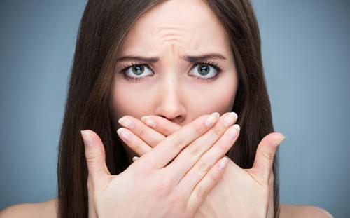 Tiết lộ cách loại bỏ mùi hôi miệng ngay lập tức