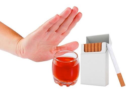 Mắc bệnh ung thư phổi nên kiêng ăn gì?